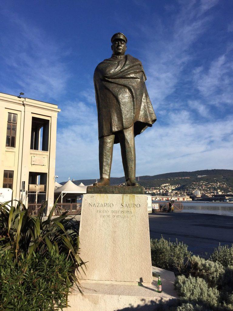Statua di Nazario Sauro